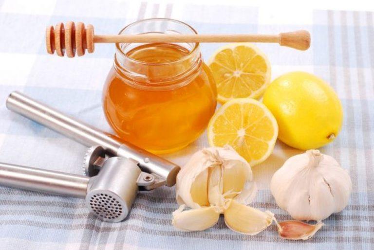 cesnakai-medus-ir-citrina-gelbsti-kraujagysles-533be09fe2a56-768x514.jpg